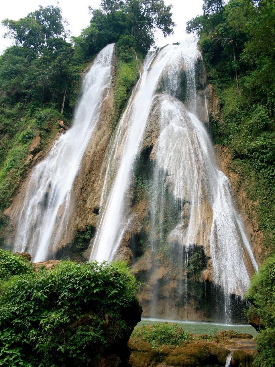 Anisakan Falls 2 (1)