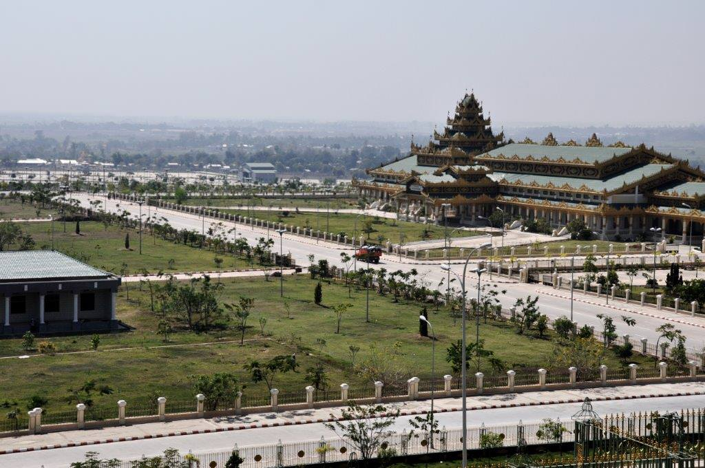 naypidaw-view-over-government-building